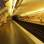 Au Dernier Metro