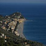 Una delle spiagge di Finale Ligure
