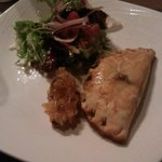 Goats cheese and mushroom pasty starter