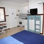 Across Country Motor Inn - Studio Apartment