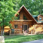 ‪Amazing Branson Log Cabins‬