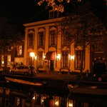 Attractive at night - quiet location on a canal.
