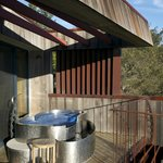 """hot tub on balcony, Upper Pacific Suite """"Gilkey"""""""