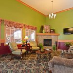 ‪BEST WESTERN PLUS Pioneer Inn & Suites‬