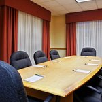 CountryInn&Suites LakeNorman MeetingRoom