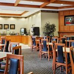  CountryInn&amp;Suites ElkGroveVillage BreakfastRoom