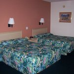 Alhambra Inn and Suites