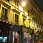  Art Hotel Batignolles