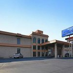 The Cow Palace Inn/ Rodeway Inn Lamar
