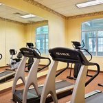  CountryInn&amp;Suites ElkGroveVillage FitnessRoom