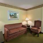 Photo of Country Inn & Suites Hampton