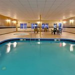CountryInn&Suites Clarksville Pool