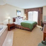  CountryInn&amp;Suites Conyers  WhirlpoolSuite