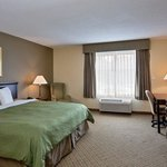 Photo of Country Inn & Suites Newport News South