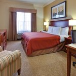  CountryInn&amp;Suites Nashville  GuestRoom