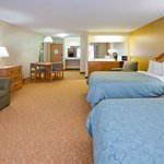  CountryInn&amp;Suites Baxter Suite
