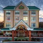  CountryInn&amp;Suites Lumberton  ExteriorNight
