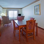 CountryInn&Suites Coralville  Suite