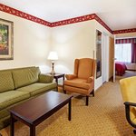  CountryInn&amp;Suites CharlestonN  Suite