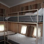 2 Bed Deluxe Cabin - 4 bunk beds