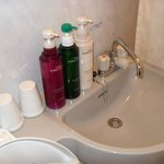  Shampoo, conditioner and body soap full bottles provided