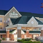  CountryInn&amp;Suites Findlay  ExteriorNight