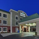 CountryInn&Suites Knoxville I-75 ExteriorNight