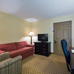  CountryInn&amp;Suites RockHill  Suite
