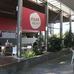 Schonell Pizza Cafe - University of Queensland