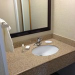 Photo de SpringHill Suites State College