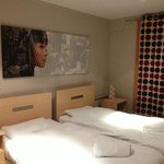                                                        twin bedded room  - Appart 11 Millenium To