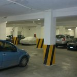                    PARCHEGGIO COPERTO