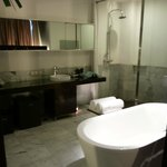 Intima Suite - Bathroom