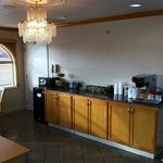  Scottish Inns Beaumont TX Lobby coffee