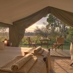 Traditional Luxurious Safari Tent - Sunrise