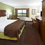  AmericInn Osage - King Suite-4