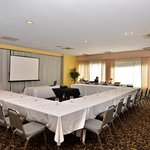 Foto de BEST WESTERN Renfrew Inn & Conference Centre