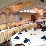  We can accommodate your wedding for up to 370 guests