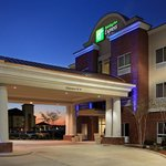 Bild från Holiday Inn Express Hotel & Suites Canton