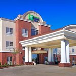 Foto van Holiday Inn Express Hotel & Suites Canton