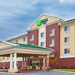  Holiday Inn Express &amp; Suites Chicago South Lansing Hotel Exterior