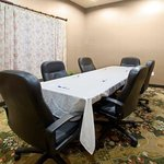  Holiday Inn Express Bernalillo, NM Boardroom