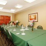 Holiday Inn Express Hotel Meeting Room