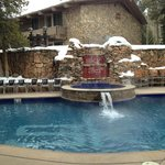 outdoor pool/hot tub
