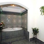 Jaccuzi Suite