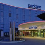 ‪Park Inn by Radisson Zurich Airport‬