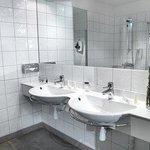 Solna De Luxe Bathroom
