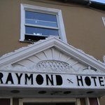 Photo de The Raymond Hotel