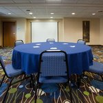  Holiday Inn Express &amp; Suites Antigo Meeting Room