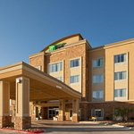 Foto van Holiday Inn Express Hotel & Suites Buda